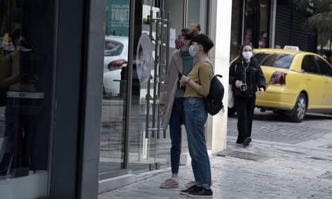 Άνοιγμα καταστημάτων (18/01): «Ρίσκο, αλλά μπορεί να ανοίξει το λιανεμπόριο», λέει ο Βατόπουλος