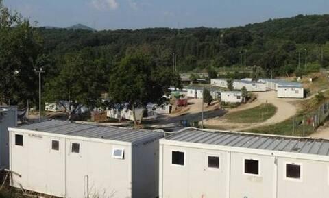 Συναγερμός στην Πρέβεζα: 17 κρούσματα κορονοϊού σε δομή φιλοξενίας προσφύγων