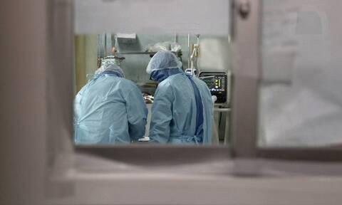 Κορονοϊός - Έρευνα: Ένας στους δέκα ασθενείς που έλαβε εξιτήριο νοσηλεύτηκε για δεύτερη φορά