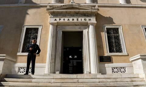 Δικηγόρος προσέφυγε στη ΣτΕ κατά της ΚΥΑ που παρατείνει τα μέτρα- Αναγκάστηκε να μισθώσει ελικόπτερο