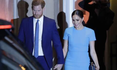 Ο πρίγκιπας Harry κυκλοφορεί με νέο look στο Montecito και θα εκπλαγείς