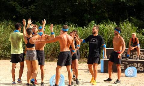 Survivor: Η ομάδα που κερδίζει το έπαθλο επικοινωνίας