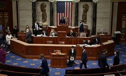 ΗΠΑ: Παραπομπή Τραμπ ψήφισε η Βουλή των Αντιπροσώπων