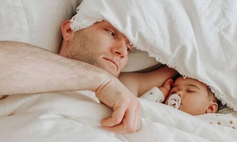 Μπαμπάδες και μωρά σε απολαυστικά στιγμιότυπα
