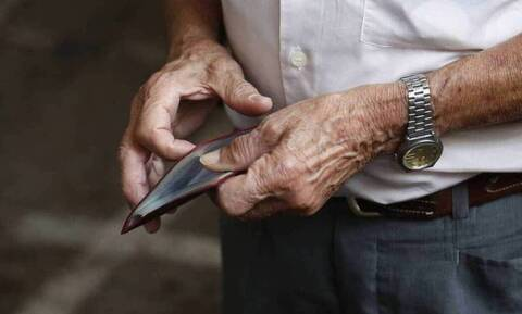 Αναδρομικά: Σήμερα η πρώτη μεγάλη «μάχη» - Τα ποσά που διεκδικούν οι συνταξιούχοι