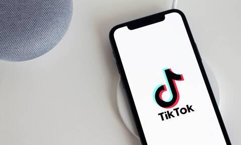TikTok: «Κλειδώνει» όλους τους λογαριασμούς ανηλίκων κάτω των 16 ετών