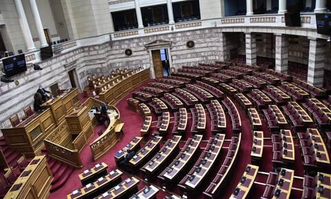 Ένταση στη Βουλή για το ΚΚΕ και τα 112 χρόνια ιστορίας του