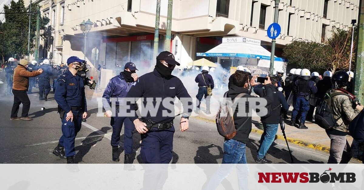 Ένταση στο φοιτητικό συλλαλητήριο – Ρίψη χημικών από την ΕΛΑΣ – Newsbomb – Ειδησεις
