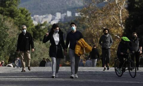 Κρούσματα σήμερα: Ανησυχία για την επιδημιολογική εικόνα της Αττικής-Τι ανησυχεί τους λοιμωξιολόγους