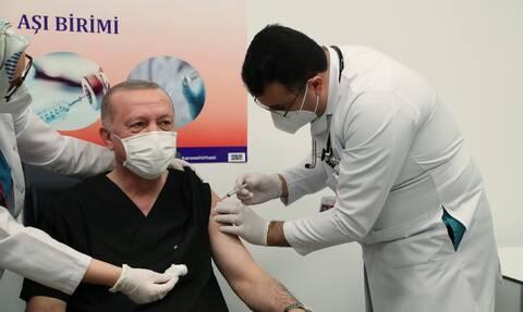 Ερντογάν: «Σύντομα θα εμβολιάσουμε όλους τους πολίτες της Τουρκίας» (vid+pics)