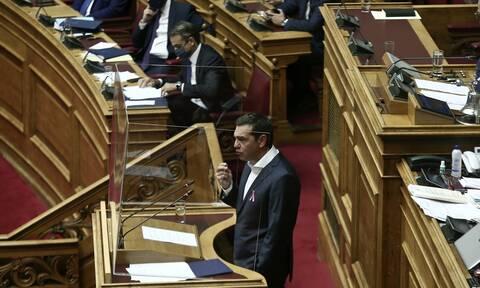 LIVE BLOG Βουλή: Η «μάχη» των πολιτικών αρχηγών για την πανδημία - Λεπτό προς λεπτό οι εξελίξεις