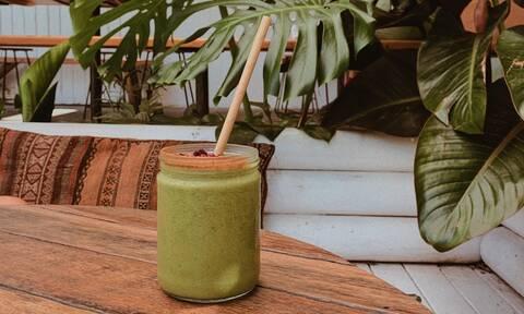 Πιείτε αυτό το πράσινο smoothie και χάστε λίπος