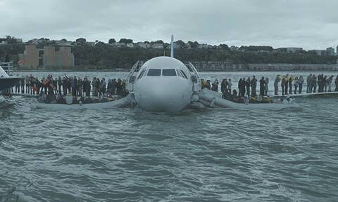 Σαν σήμερα: Ο πιλότος «Σάλι» προσγειώνει το αεροπλάνο στον ποταμό Χάντσον