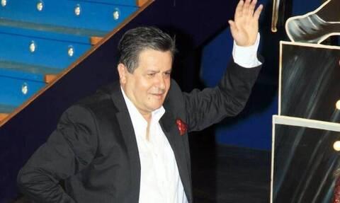 Στο νοσοκομείο ο ηθοποιός Γιάννης Καπετάνιος - Η συγκλονιστική φωτογραφία του