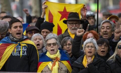 Ισπανία: Αναβάλλονται οι περιφερειακές εκλογές στην Καταλονία λόγω του κορονοϊού