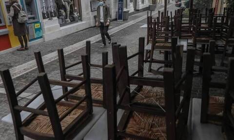 Κορονοϊος - Βατόπουλος: Αν το άνοιγμα των καταστημάτων πάει καλά, θα εξεταστεί και η εστίαση