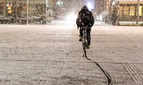 «Λέανδρος»: Έφτασε η τρίτη φάση της κακοκαιρίας - Χιόνια τη Δευτέρα και στην Αττική