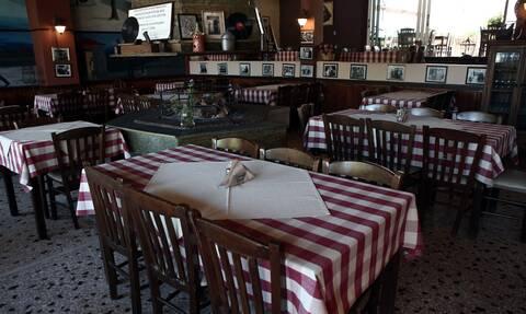 Εστίαση: Πότε θα ανοίξει  – Τι θα κρίνει την λειτουργία μπαρ και εστιατορίων