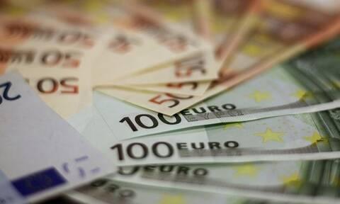 Εκκρεμείς συντάξεις: Πληρωμές με αναδρομικά για 30.000 νέους συνταξιούχους κάθε μήνα (ΠΙΝΑΚΕΣ)