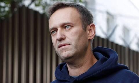 Навального доставили в полицию Химок. Вопрос об аресте рассматривают прямо там