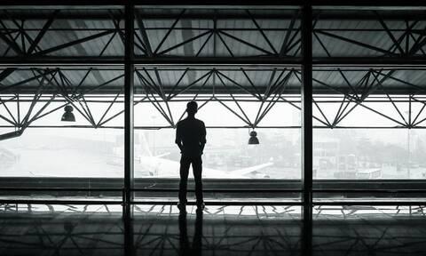 Κορονοϊός: Ζούσε επί 3 μήνες στο αεροδρόμιο επειδή φοβόταν να επιστρέψει σπίτι του