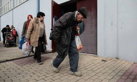 Κακοκαιρία: Παρατείνεται η λειτουργία του θερμαινόμενου χώρου στον Πειραιά