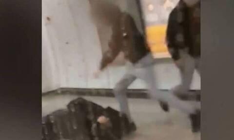 Επίθεση στο Μετρό: Ο σταθμάρχης θα μπορούσε να μείνει παράλυτος από τα χτυπήματα των δύο ανήλικων
