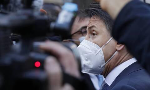 Ιταλία – Ψήφος εμπιστοσύνης: Αν ο Κόντε δε λάβει 155 ψήφους, θα έχει ουσιαστικό πρόβλημα