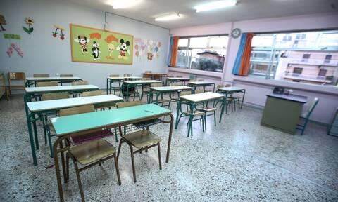 Κορονοϊός: Συναγερμός στη Θεσσαλονίκη - Kλείνει δημοτικό σχολείο λόγω συρροής κρουσμάτων