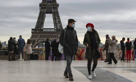Γαλλία - Κορονοϊός: «Συναγερμός» για το μεταλλαγμένο στέλεχος – Θα είναι «πολύ δύσκολη» η κατάσταση