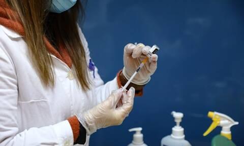 Κορονοϊός: 144 εμβολιαστικά κέντρα μπαίνουν στη «μάχη» του εμβολιασμού
