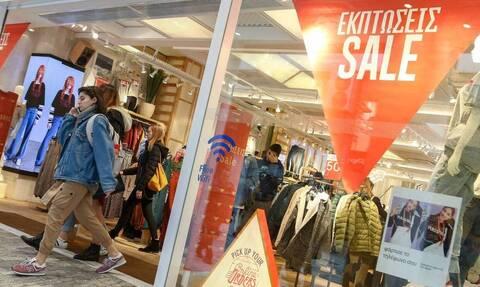 Χειμερινές εκπτώσεις: Μέχρι πότε θα διαρκέσουν - Ποια Κυριακή θα μείνουν ανοιχτά τα μαγαζιά