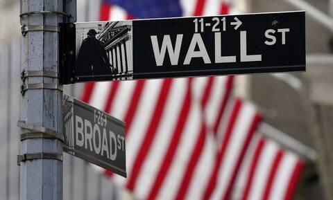 Με ιστορικά ρεκόρ στη Wall Street ξεκίνησε η προεδρική θητεία του Τζο Μπάιντεν