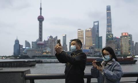 Κορονοϊός - Συναγερμός στη Κίνα: Εκκενώθηκε συνοικία στη Σανγκάη μετά τον εντοπισμό κρουσμάτων
