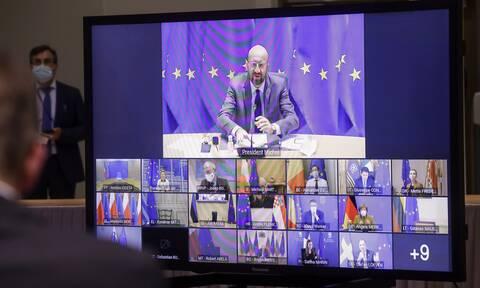 ΕΕ: Γιατί η Μέρκελ σηκώνει «τείχος» στην ελληνική πρόταση για πιστοποιητικό εμβολιασμού;