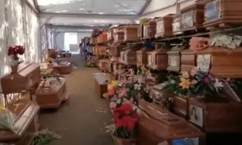 Κορονοϊός - Σοκάρουν οι εικόνες από το Παλέρμο: 700 νεκροί άταφοι - Γέμισαν τα νεκροταφεία