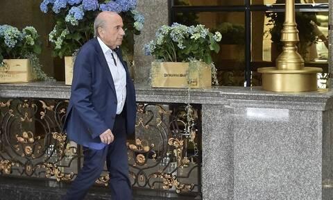 FIFA: Ευχάριστα νέα για Μπλάτερ – Βγήκε από το τεχνητό κώμα