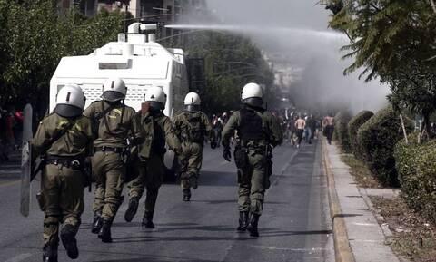 Νέο δόγμα ΕΛ.ΑΣ.: Το ηχητικό μήνυμα στους διαδηλωτές, τα μεγάφωνα και οι κάμερες