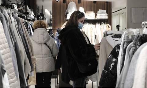Ανοιχτά τα μαγαζιά την Κυριακή (24/01): Το ωράριο για εμπορικά και σούπερ μάρκετ