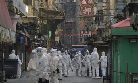 Κίνα - κορονοϊός: Σε λοκντάουν για πρώτη φορά χιλιάδες κάτοικοι του Χονγκ Κονγκ