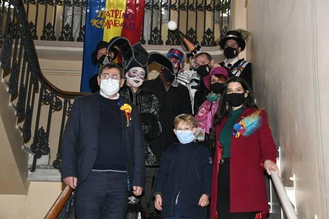 Πατρινό καρναβάλι εν μέσω κορονοϊό - Μοναδικές εικόνες - Newsbomb - Ειδησεις