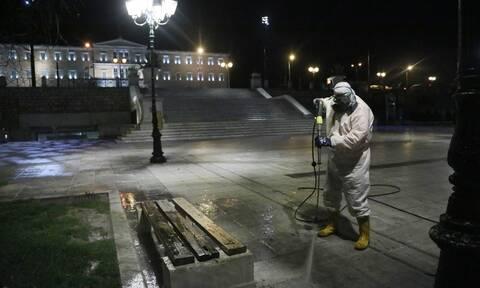 Κορονοϊός: Στο μικροσκόπιο των ειδικών οι μεταλλάξεις - Προβληματίζουν τα «ορφανά» κρούσματα