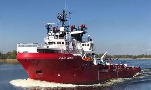 Μεσόγειος: Το Ocean Viking διέσωσε 374 μετανάστες σε 48 ώρες