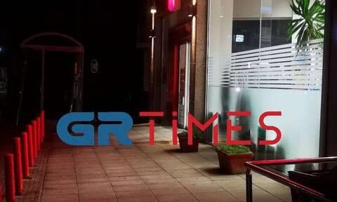 Θεσσαλονίκη: Βίντεο ντοκουμέντο από τη ληστεία με καραμπίνα στον Εύοσμο