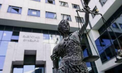 Στρεβλώσεις του Ποινικού Κώδικα τινάζουν στον αέρα το εταιρικό δίκαιο -Απροστάτευτοι οι μικρομέτοχοι