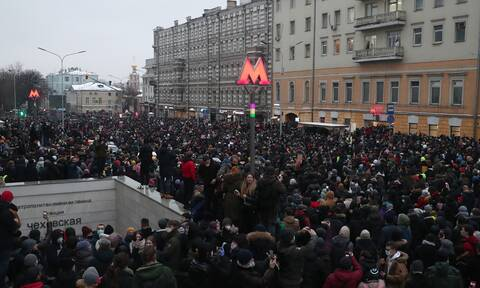 В Кремле оценили число участников протестов словами «мало людей»