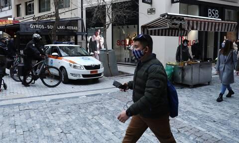 Πιερρακάκης: Δεν θα μπει «κόφτης» στα SMS, εξετάζουμε το «χρονόμετρο»
