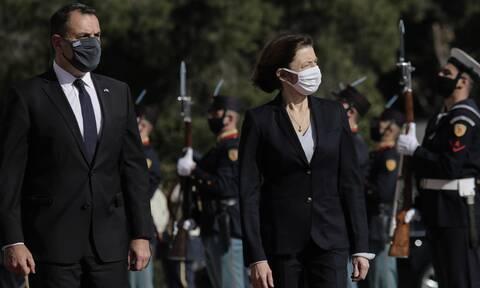 Rafale: Στο Πεντάγωνο η Γαλλίδα υπουργός Άμυνας για την υπογραφή της προμήθειας των μαχητικών