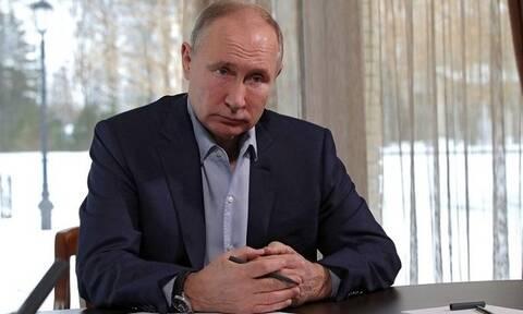 Πούτιν: «Καμία σχέση με την πραγματικότητα το ανάκτορο που αναφέρει ο Ναβάλνι»