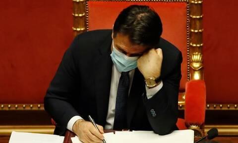 Ιταλικός Τύπος: Αύριο ανακοινώνεται η παραίτηση του πρωθυπουργού Τζουζέπε Κόντε